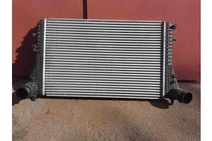 б/у Радиаторы интеркуллера Volkswagen Tiguan