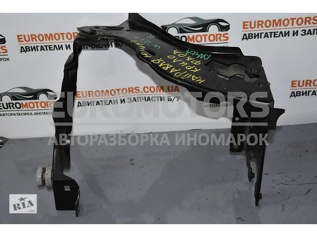 продам Рамка фары правой Mercedes E-class (W211) 2002-2009 2116200416 бу в Киеве