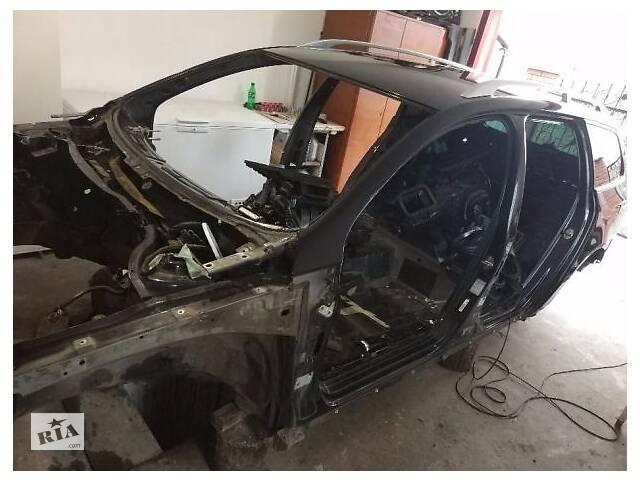 купить бу Рамка лобового стекла для Volkswagen Passat B6 в Киеве