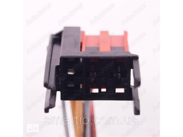 Разъем электрический 5-и контактный (26-15) б/у 0085451626, 14236, 17106- объявление о продаже  в Львове