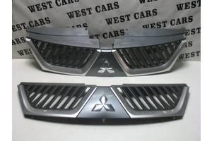 б/у Решётки радиатора Mitsubishi Outlander XL