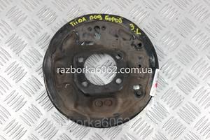 Щиток тормозного механизма левы под барабан Nissan Tiida (C11) 07-13 (Ниссан Тиида Ц11)