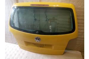 Стекла двери Volkswagen Touran