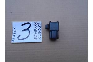 б/в Реле й датчики Subaru Legacy