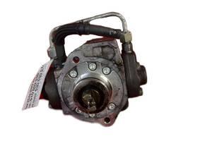 б/у Топливные насосы высокого давления/трубки/шестерни Toyota Avensis