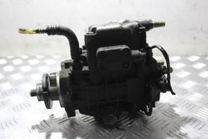 б/у Топливные насосы высокого давления/трубки/шестерни Volkswagen Golf