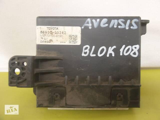 продам Toyota Avensis T27 2009-2018 блок управления кондиционером 88650-05242 бу в Чернигове