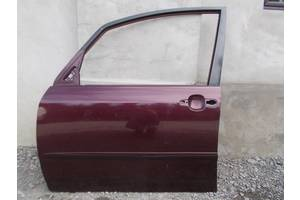 Двери передние Toyota Corolla Verso