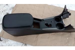 б/у Центральные консоли Toyota Rav 4