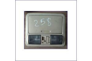 Центральный-плафон-салонного-освещения-Nissan-Petfinder-8312-110-2004-2010р.