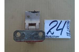б/у Петли крышки багажника Volkswagen Passat B3