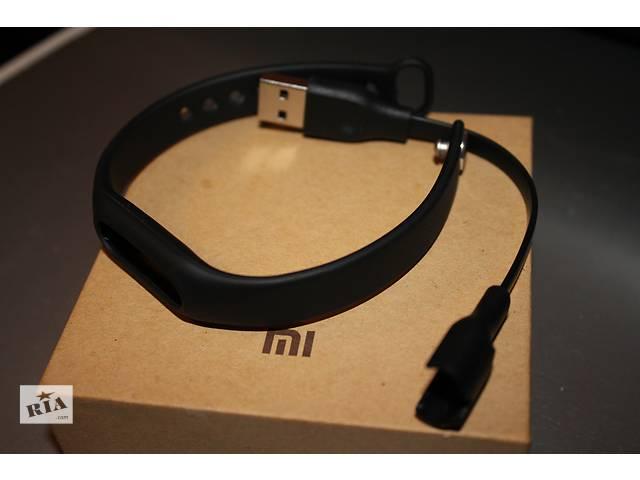 бу зарядное устройство xiaomi mi band и ремешок черного цвета для 1s или 1s puls в Харькове