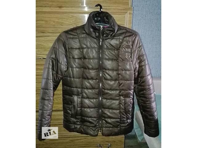 Женская куртка- объявление о продаже  в Шахтарске