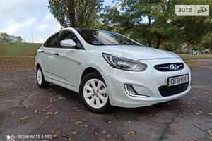 Hyundai Accent RB 2012