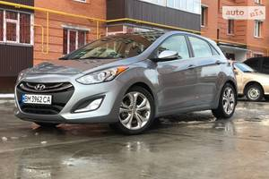 Hyundai Elantra gt Full  2014