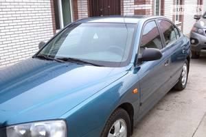 Hyundai Elantra  2002