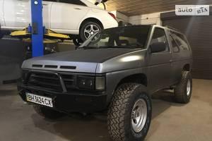 Nissan Terrano  1989