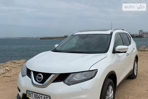 Nissan X-Trail LE Style and Navi 2015