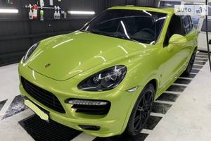 Porsche Cayenne GTS-Exclusive 2014