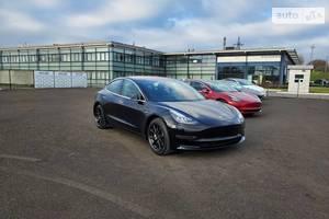 Tesla Model 3 Dual Motors FSD 2019
