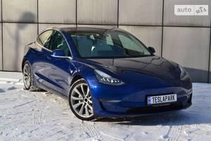 Tesla Model 3 Mid Range 2018