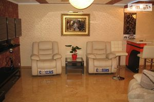 Сдается в аренду 3-комнатная квартира 125 кв. м в Черкассах