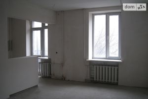 Куплю помещение свободного назначения на Пироговцах без посредников