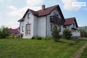 Продается дом на 2 этажа 228 кв. м с балконом