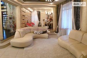 Продается дом на 2 этажа 326 кв. м с камином