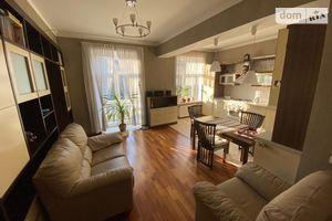 Продається 3-кімнатна квартира 82 кв. м у Чернігові