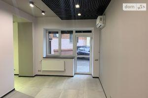 Продається офіс 150 кв. м в нежитловому приміщені в житловому будинку