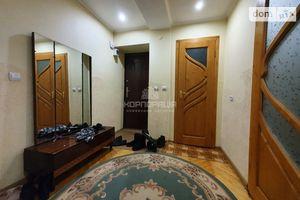 Продается 2-комнатная квартира 52 кв. м в Ужгороде