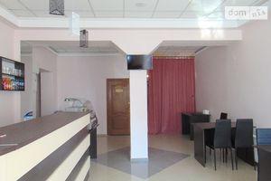 Сдается в аренду нежилое помещение в жилом доме 75 кв. м в 3-этажном здании