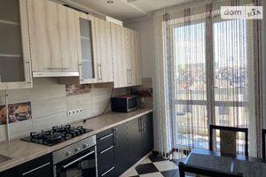 Сдается в аренду 3-комнатная квартира 65 кв. м в Ровно
