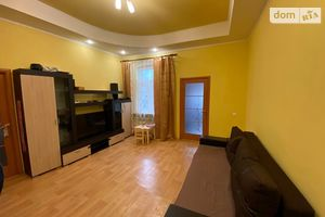 Продається частина будинку 107 кв. м з верандою