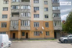 Сдается в аренду офис 350.9 кв. м в нежилом помещении в жилом доме