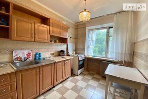 Продается 4-комнатная квартира 79.6 кв. м в Киеве