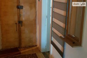 Сдается в аренду 1-комнатная квартира 45 кв. м в Черновцах