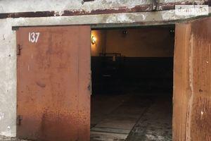 Сдается в аренду бокс в гаражном комплексе под легковое авто на 48 кв. м