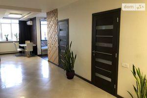 Продается 3-комнатная квартира 110 кв. м в Одессе