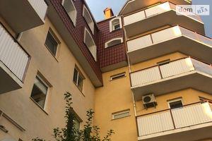 Продается офис 98 кв. м в нежилом помещении в жилом доме