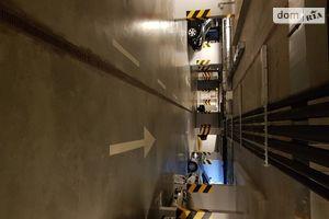 Сдается в аренду подземный паркинг под легковое авто на 15.9 кв. м