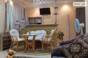 Сдается в аренду 1-комнатная квартира 50 кв. м в Мукачеве
