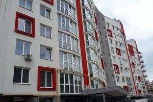 Продається 3-кімнатна квартира 120 кв. м у Чернівцях