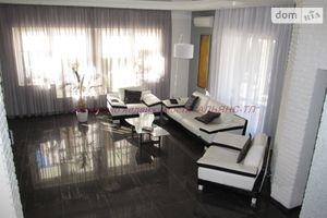 Продается дом на 2 этажа 192 кв. м с баней/сауной