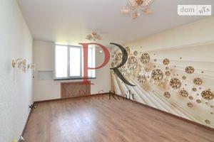 Продається 2-кімнатна квартира 70 кв. м у Києво-Святошинську