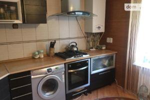 Продается 4-комнатная квартира 72 кв. м в Старобельске