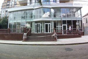 Сдается в аренду помещения свободного назначения 1000 кв. м в 5-этажном здании