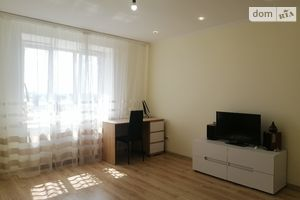 Продается 1-комнатная квартира 43.2 кв. м в Тернополе