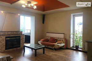 Сдается в аренду 3-комнатная квартира 120 кв. м в Ивано-Франковске